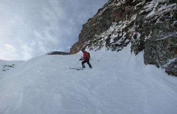rampes des colombes 5.1 E3 ski de pente raide à la tête de Bostan
